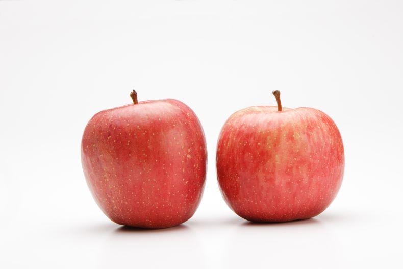 Dカップを果物に例えたらリンゴ二個